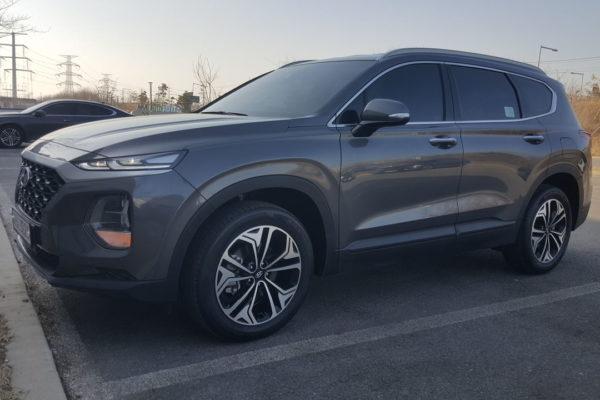 Hyundai_Santa_FE_2018_1