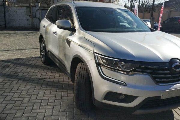 Renault-Koleos-pn-1